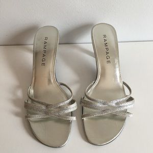 Women's RAMPAGE Silver Slip-On Kitten Heels SZ 8